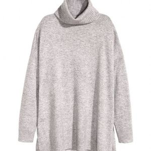 Oversized H&M Gray Turtleneck Sweater
